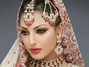 Classic idea of what a South Asian beauty should look like.